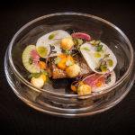 #Filet z makreli / anyżowy groszek ptysiowy / sałatka z rzepy.